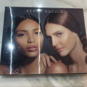 Authentic Kevyn Aucoin Contour Book Volume III